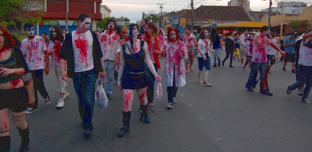 Pelotas_Zombie_Walk