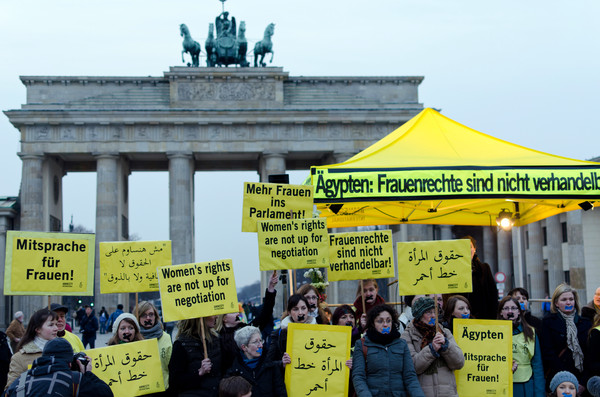 152664_Aktion_in_Berlin_Frauenrechte_in_gypten_sch_tzen_