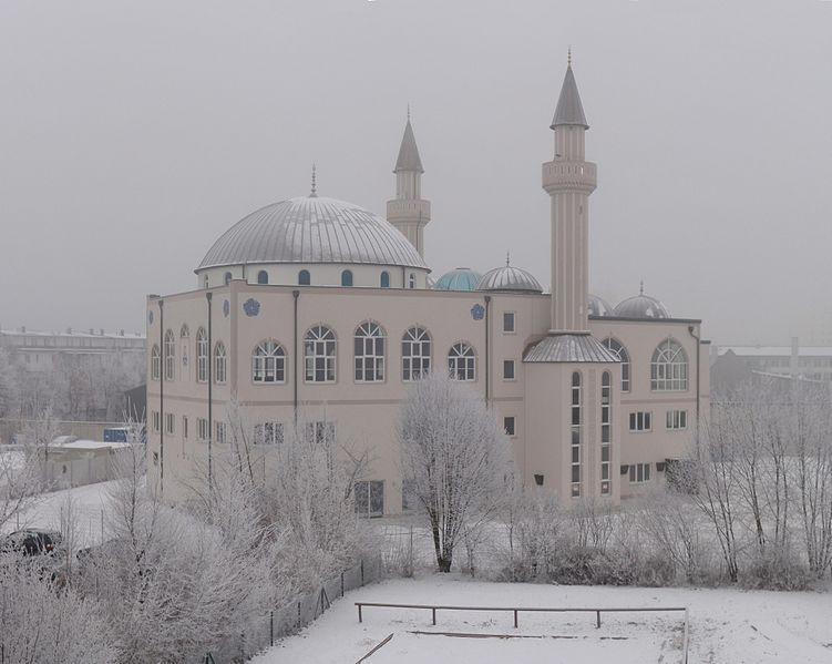 751px-Kocatepe-Moschee_Ingolstadt_16.01.2009